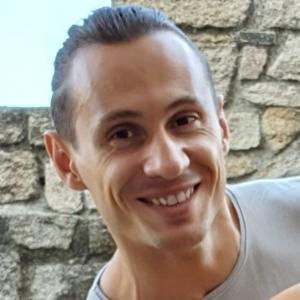Volodymyr I.