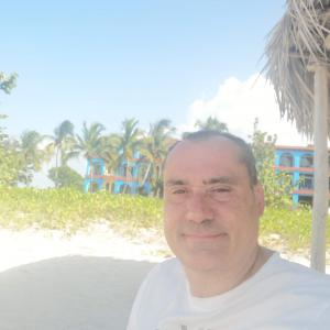 Jose Luis  F.
