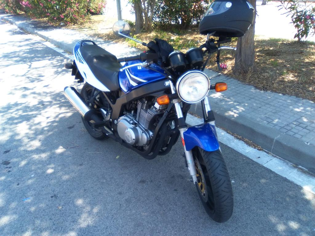 Alquiler de Moto Suzuki GS 500 48CV Naked Barcelona Barato