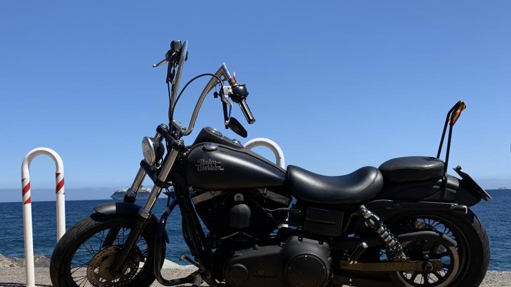 Harley Davidson DYNA STREET BOB FXDBI