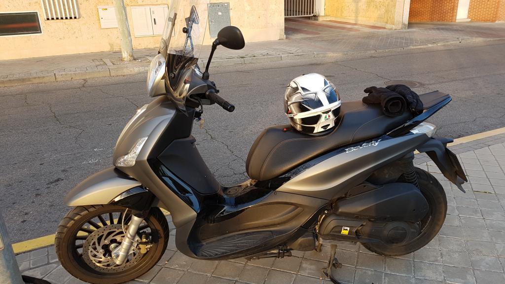 Piaggio-Vespa BEVERLY 300 IE