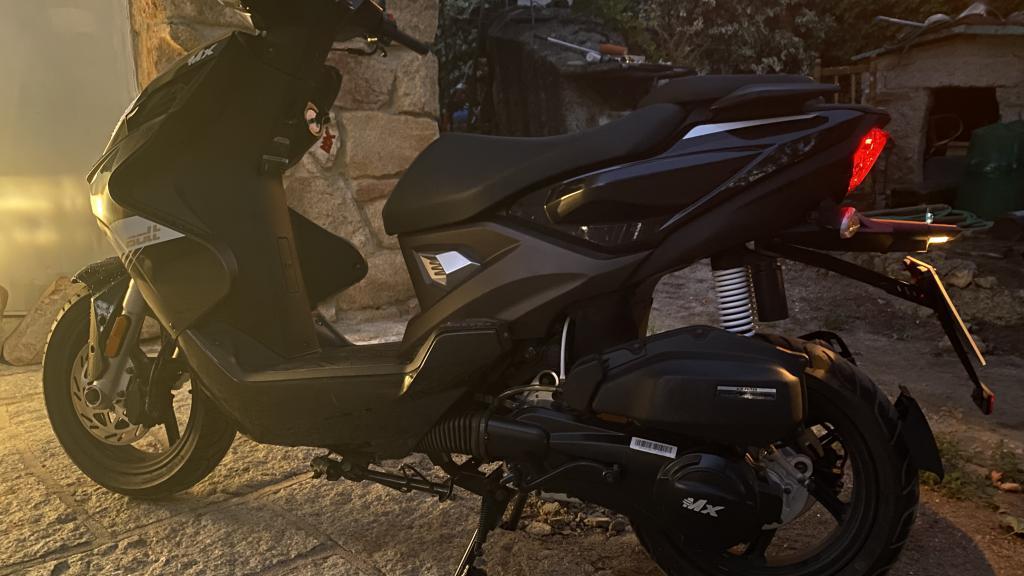 MX Motor BIGGER 125