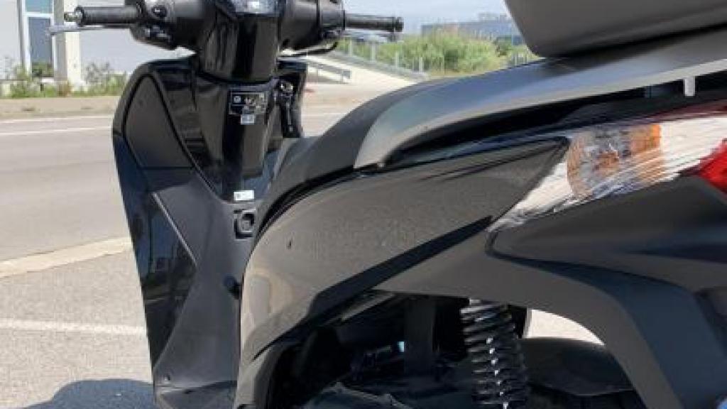 Honda SCOOPY 125I SH ABS TOPBOX