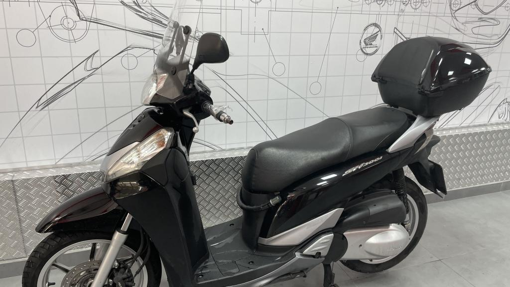 Honda SCOOPY 300I SH TOP BOX AB