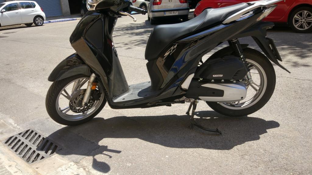 Honda SCOOPY 125I SH