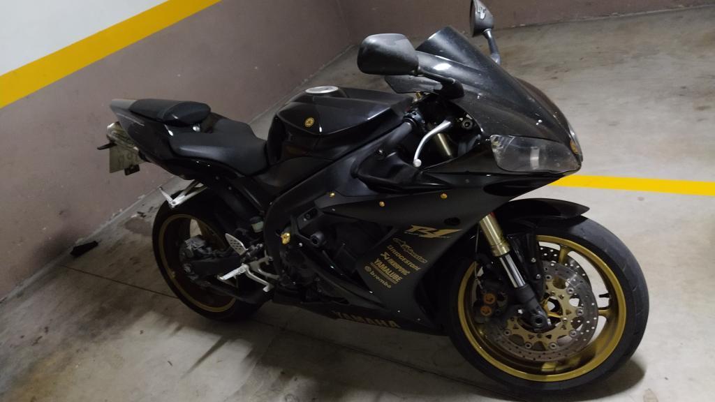 Yamaha YZF R1 06