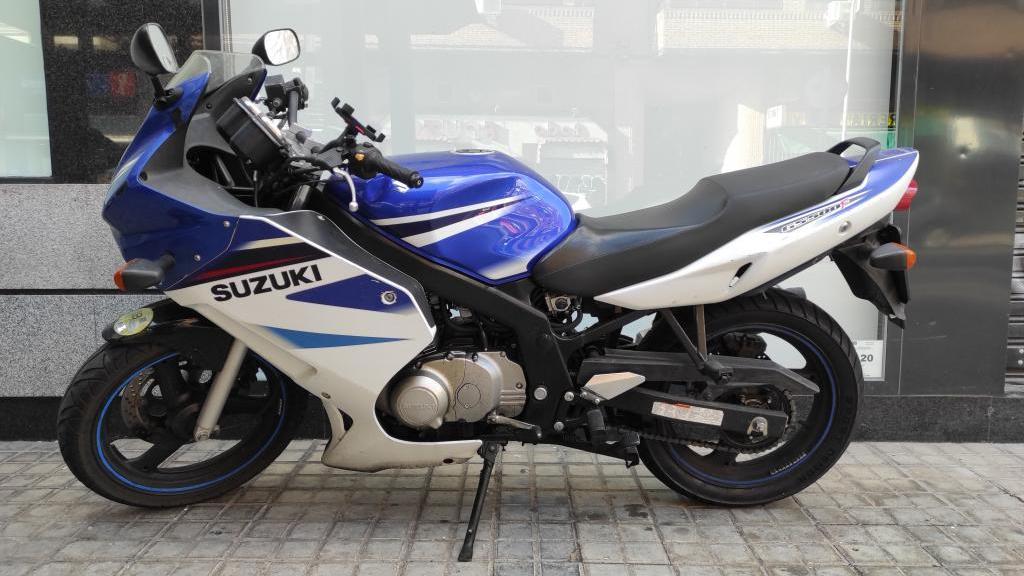 Suzuki GS 500 F 2007