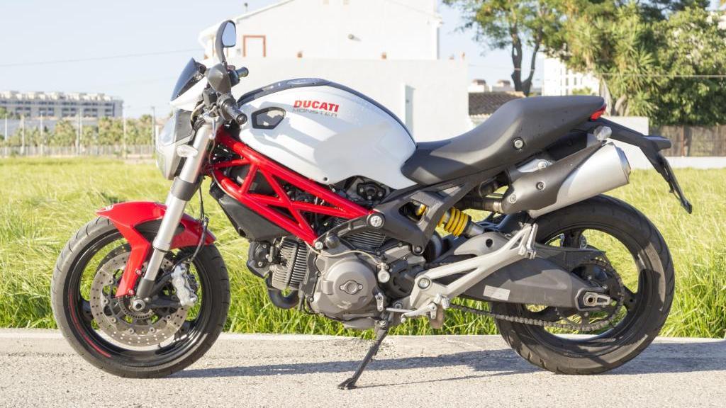 Ducati 696 MONSTER PLUS ABS